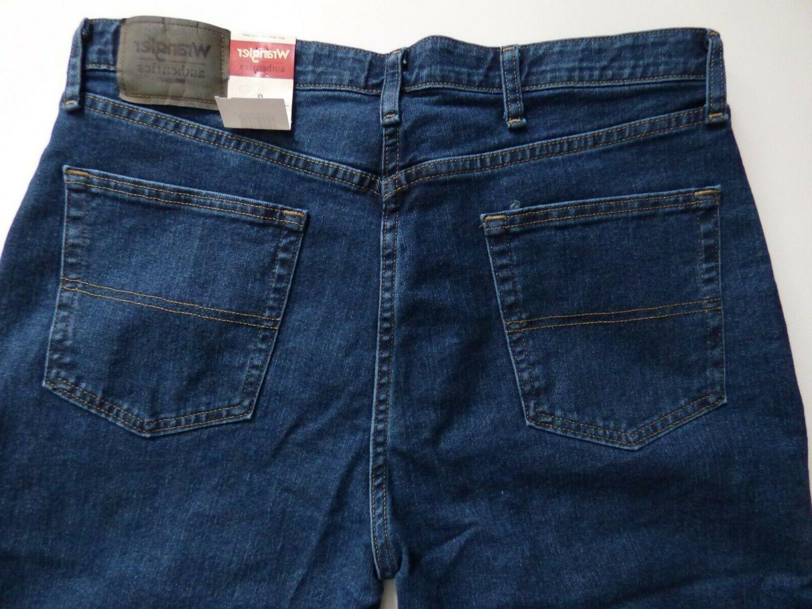 Men's Authentics Regular Fit Comfort Flex Waistband Jean