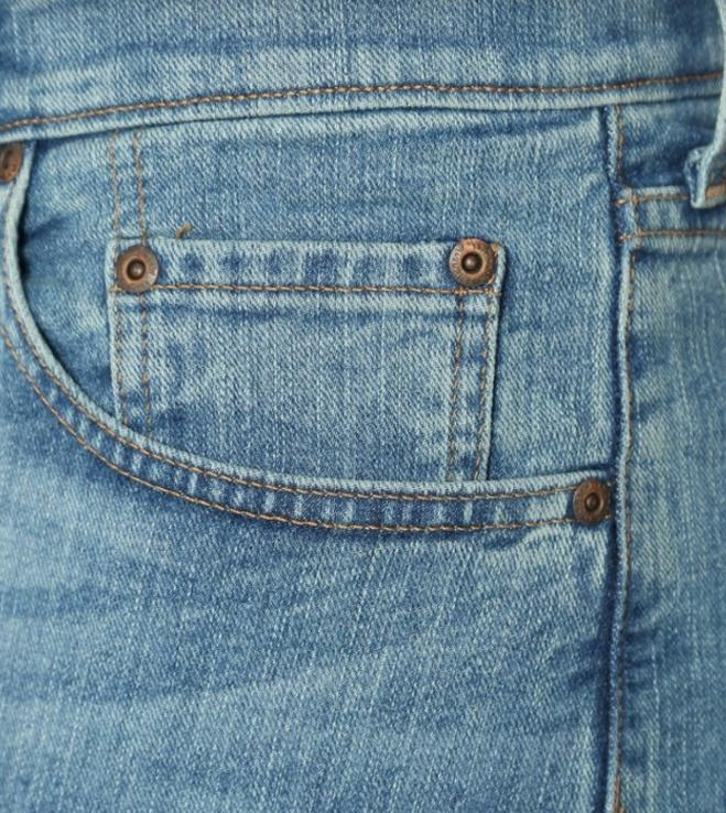 NWT Men Regular Straight Performance Jean w Comfort Waist