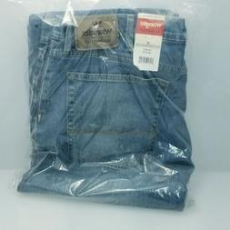 Wrangler Men's Relaxed Fit Boot Cut Jean 38x32