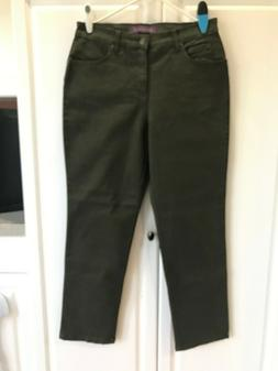 NEW Women's Gloria Vanderbilt Jeans Size 12 Classic Fit Tape