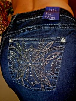 Woman's Plus Size Cross Bling Pocket Stretch Bootcut Jeans
